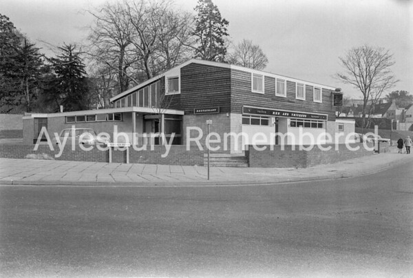 Hen & Chickens, Friarage Road, Mar 1970