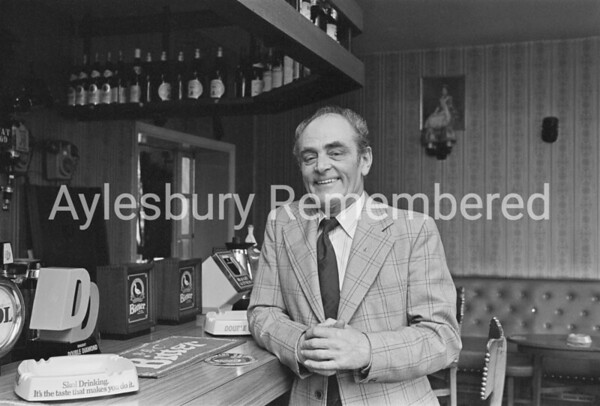 Cyril Reading retires from Millwrights Arms, Apr 1983