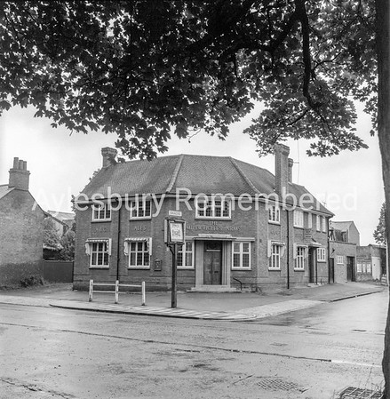 Millwrights Arms, Walton Road, June 22 1968