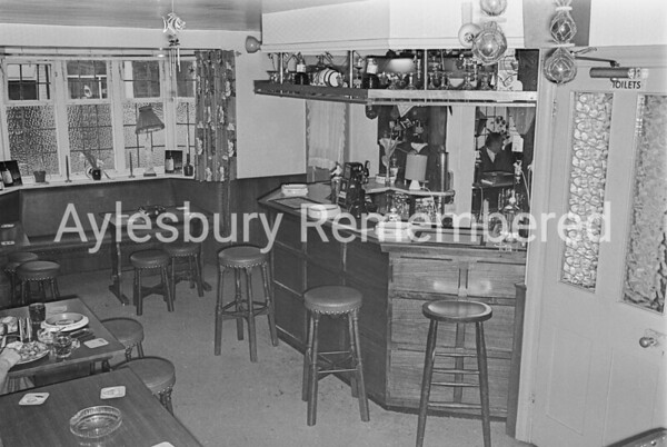 Two Brewers, Feb 1976