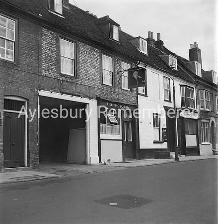 Victoria, Bourbon Street, 1963