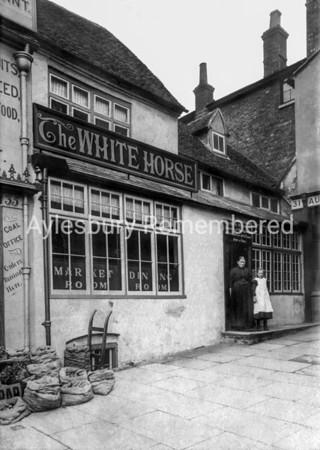 White Horse, Market Square, c1905