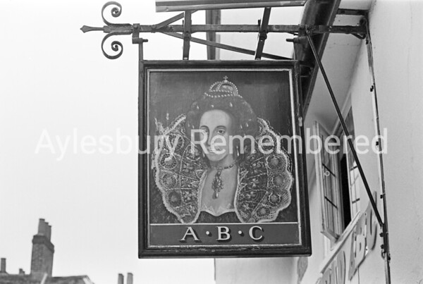 Queens Head sign, May 1978