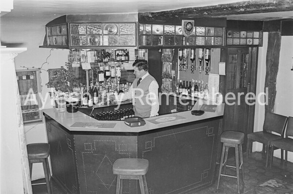 Monica's Bar at White Swan with Ray Collins, Feb 1976