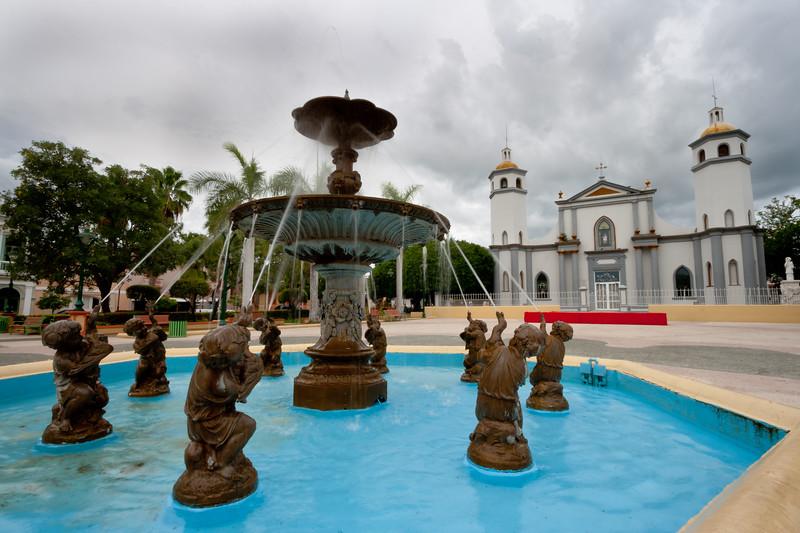 Juana Diaz Fountain