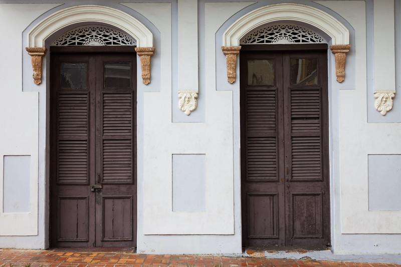 Colonial Facade