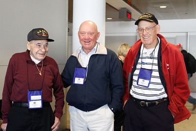 2015 May Honor Flight Outbound (35 of 56)