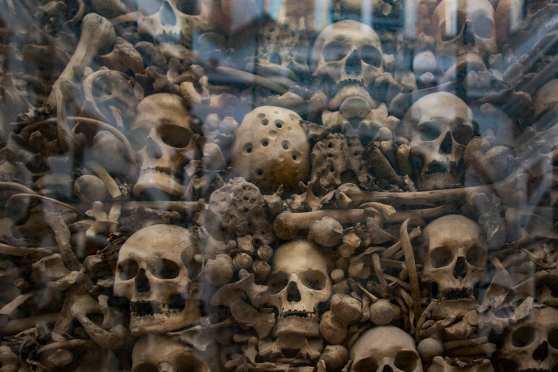 058-SkullCathedral-Otranto-800Martyrs