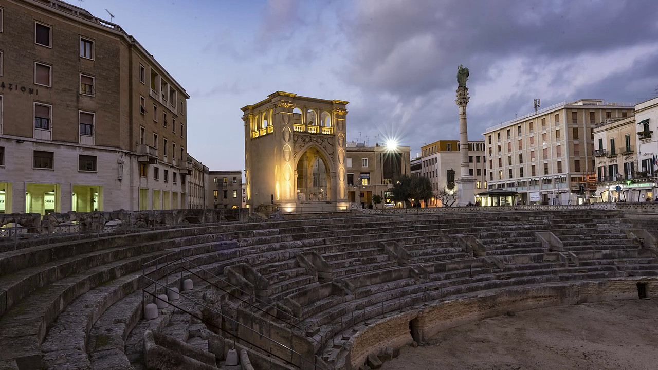 082-1-31-2017_Night_time_lapse_RomanAphitheatre6Seconds