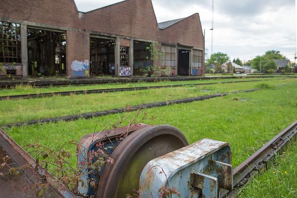 IMAGE: https://photos.smugmug.com/Pullman-Train-Yard/i-sQVscPt/0/4065faaf/M/April2015.15-M.jpg