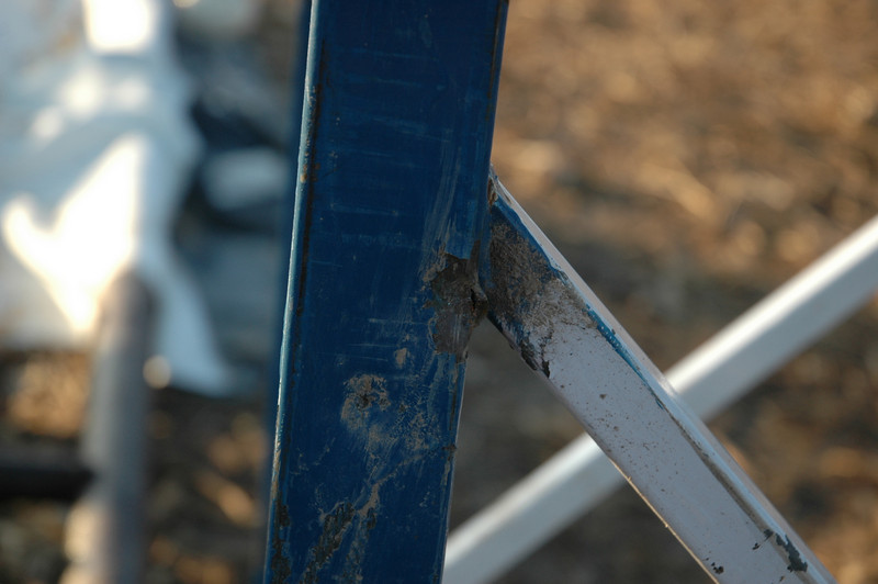 This is where the cable attached to the sling hit the tower and and ripped apart, it left quite the mark on the tower
