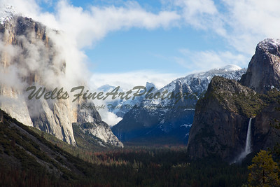 387A8256 Tunnel Viw with clouds on El Cap