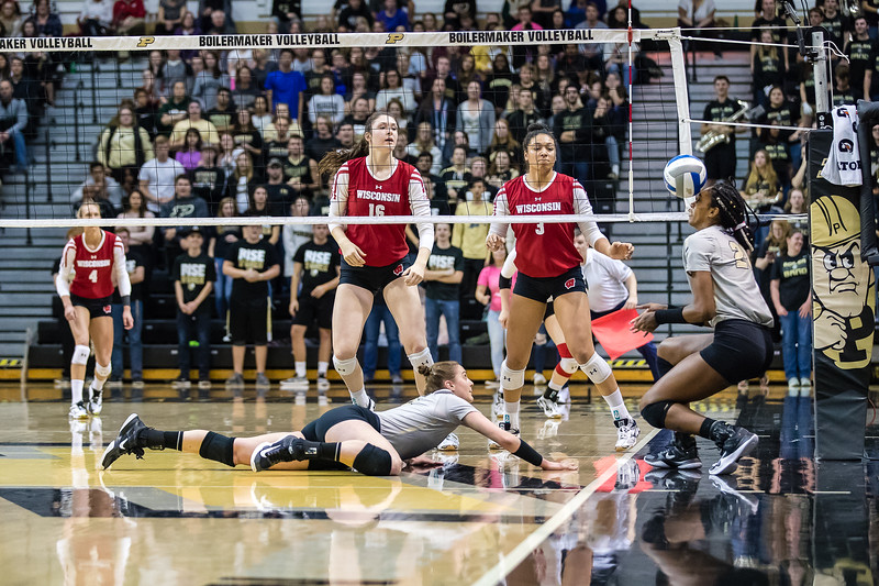 Purdue Volleyball vs Wisconsin