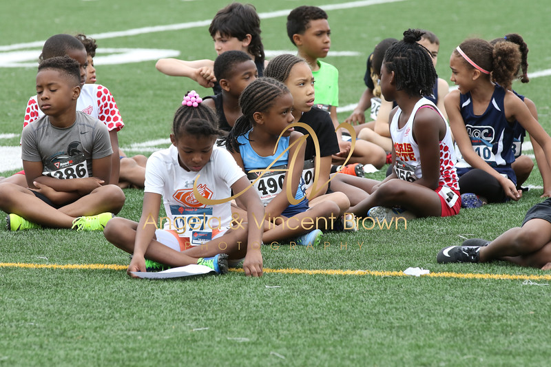 2018 0505 PATC_Meet1_Girls 800m_001