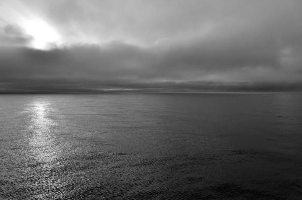 Artic calmness near FJL