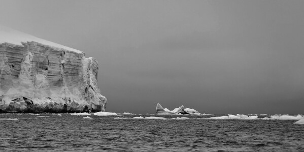 Ice cliffs of Rudolf Island ice cap, Cape Fligely, Franz Josef Land