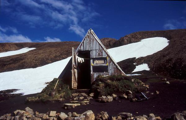 Strutur Hytta, Iceland