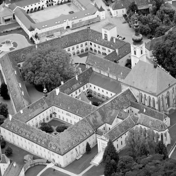Stift Heiligenkreuz, B/W
