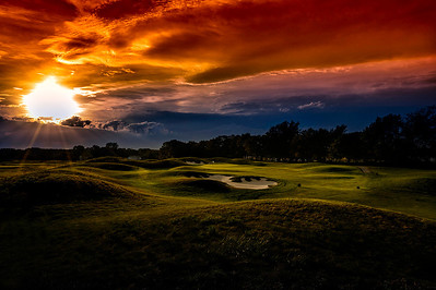 Sunset over 4 green.