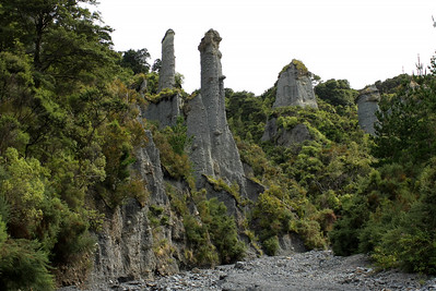 Pinnacles 124.JPG