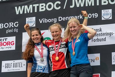 Nuorten naisten mitalistit, Kaarina Nurminen pronssia