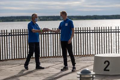 Timo Laurila ja live-lähetysten pyöräilevä kameramies Juha Lilja