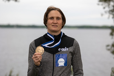 MM-pronssia Marika Hara, keskimatka