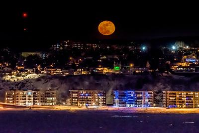 Moonrise over Levis