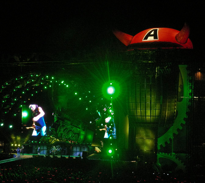 AC DC<br /> <br /> August 26,2009<br /> Commonwealth Stadium<br /> Edmonton, Alberta