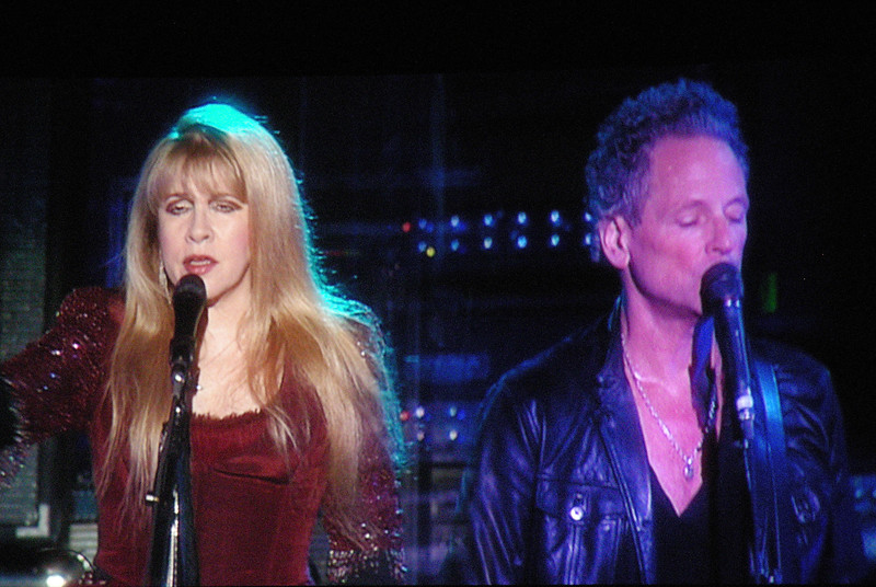Fleetwood Mac<br /> Stevie Nicks & Lindsey Buckingham<br /> <br /> June 24, 2009<br /> Rexall Place<br /> Edmonton, Alberta