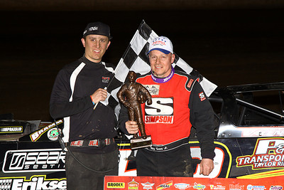 Ray Guss takes Deery win, Erik Bruce UMP Mod win at Quad City!