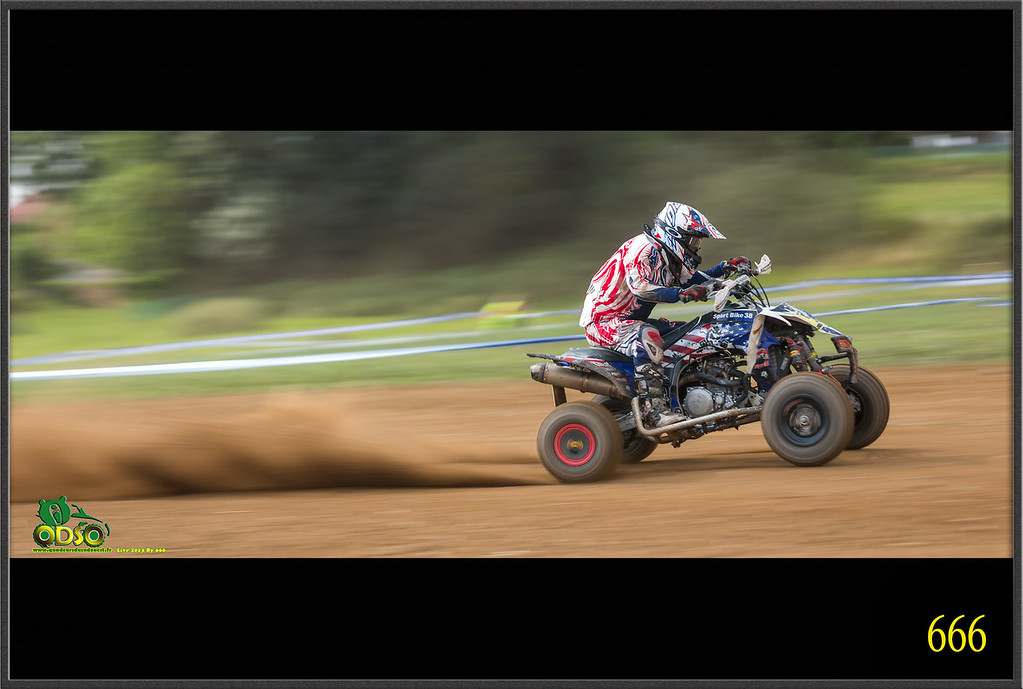IMAGE: http://photos.corbi.eu/Quad/La-Motors-2014/Sportifs/Teaser/i-ksghg9W/0/XL/ER8T0067%20copie-XL.jpg