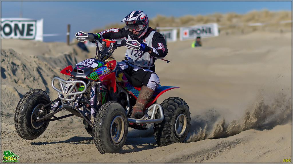 IMAGE: http://photos.corbi.eu/Quad/Le-Touquet-2012/Best-Of-2012/i-zQGcqD9/0/XL/B0P5849-copie-XL.jpg