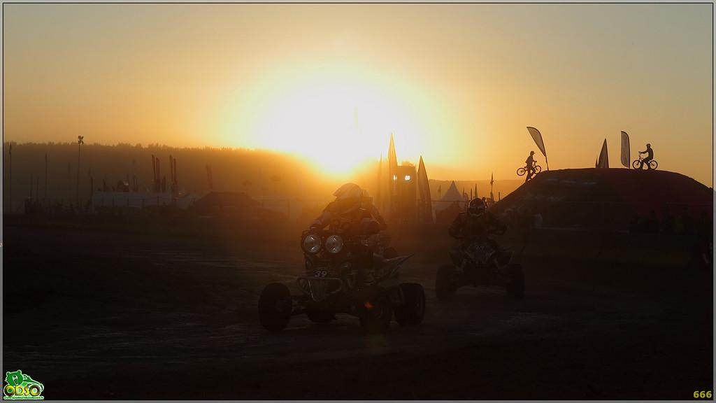 IMAGE: http://photos.corbi.eu/Quad/PDV-2010/Best-manche-2/IMG3679/980699126_yoNBN-XL.jpg
