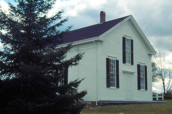 Meetinghouse05