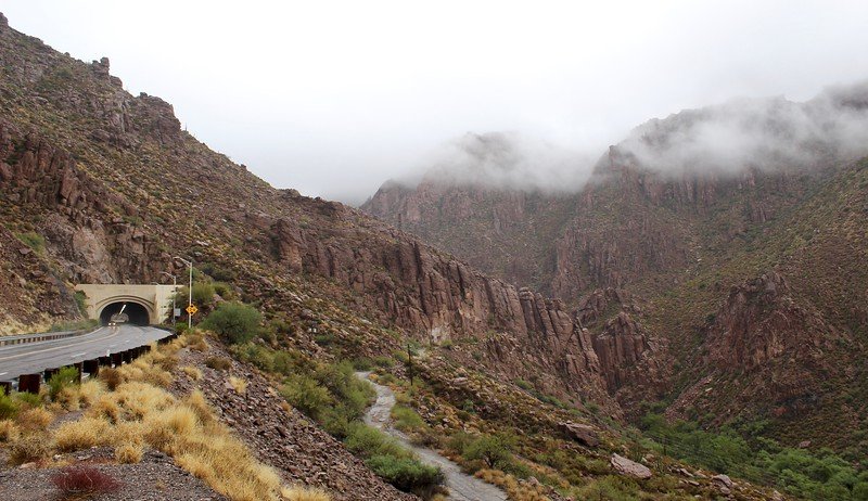 Rainy day in Queen Creek Canyon (2018)