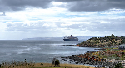 QM2 and House