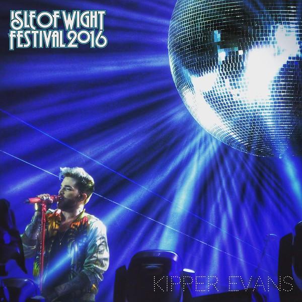 kipper_evans  Adam Lambert singing #whowantstoliveforever @ the #isleofwightfestival2016 in #remembrance of those killed in Orlando #orlando #prayfororlando #iow #iowfestival #isleofwightfestival #iowfestival2016 #queen #adamlambert #glambert #greatnight