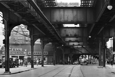 Jamaica Ave. May 19, 1943 detail from: http://www.wideimaging.com/Queens/Queens-Neighborhoods/4098634_C9WGWb#!i=473282573&k=7bRV2xF