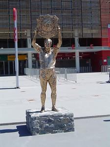 King Wally Statue, Suncorp Stadium