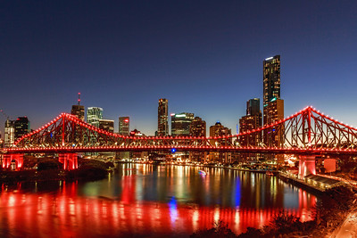 BNE 25 Story Bridge Red