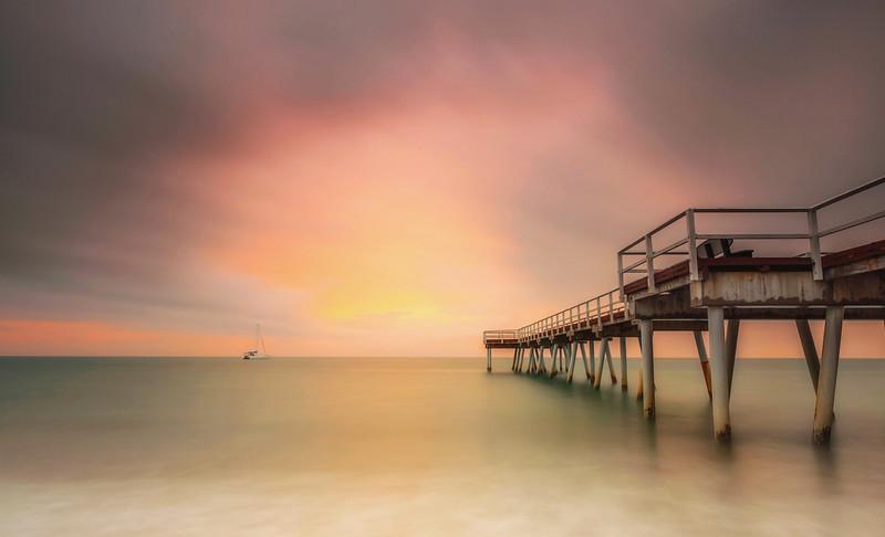 HB 20 Torquay Sunrise