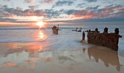 SC 20  Dicky Beach Wreck - Caloundra Qld