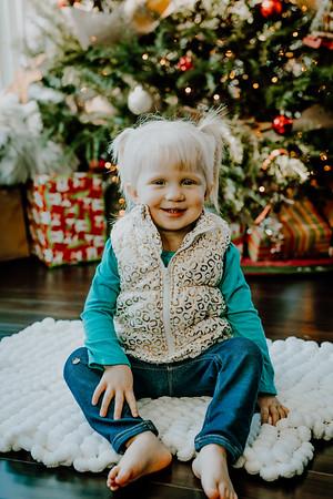 00129--©ADHphotography2018--ClaflinDaycare--ChristmasMini--December7