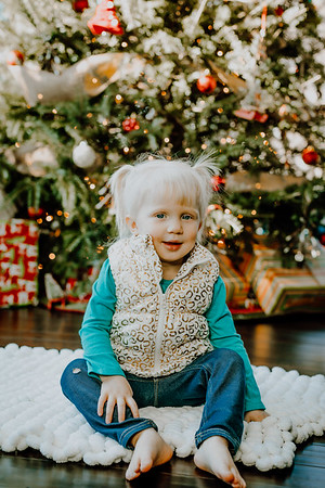 00145--©ADHphotography2018--ClaflinDaycare--ChristmasMini--December7