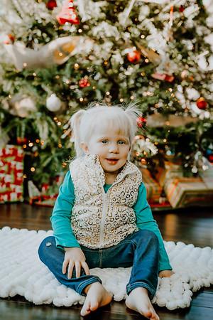 00143--©ADHphotography2018--ClaflinDaycare--ChristmasMini--December7