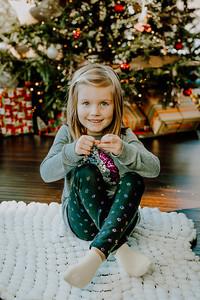 00745--©ADHphotography2018--ClaflinDaycare--ChristmasMini--December7