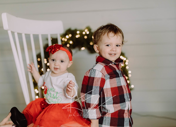 00062-©ADHPhotography2019--cerda--ChristmasMini--November8