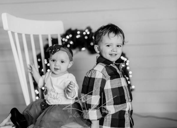 00062-©ADHPhotography2019--cerda--ChristmasMini--November8--bw