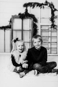 00009-©ADHPhotography2019--dickes--ChristmasMini--November5--bw